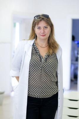 Президент ИРСО, доктор ветеринарных наук, онколог-химиотерапевт Якунина Марина Николаевна.